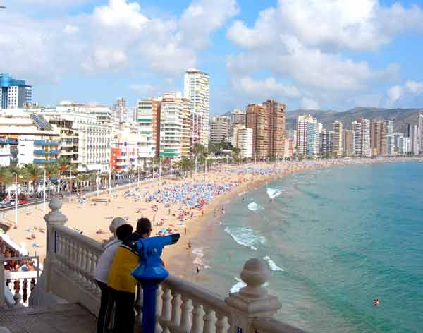 Benidorm's fabulous sandy Levante beach, playa de Levant taken from near to Benidorm Balcon on the Old Town headland